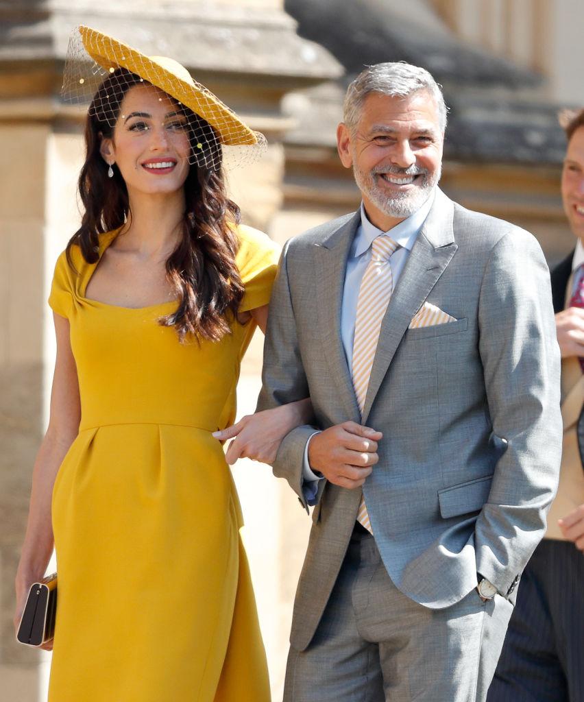 2018年5月19日(現地時間)に執り行われたヘンリー王子(34)とメーガン妃の結婚式では、妻のアマル・クルーニー(41)と出席したジョージ。