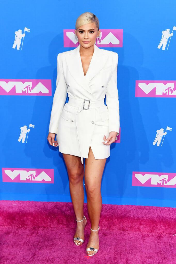 コスメブランド「Kylie Cosmetics」で大成功を収め、最年少ビリオネアとなったカイリー・ジェンナー。