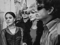 ラリー・フィンクが撮った「ウォーホルと政治とファッションの時代」