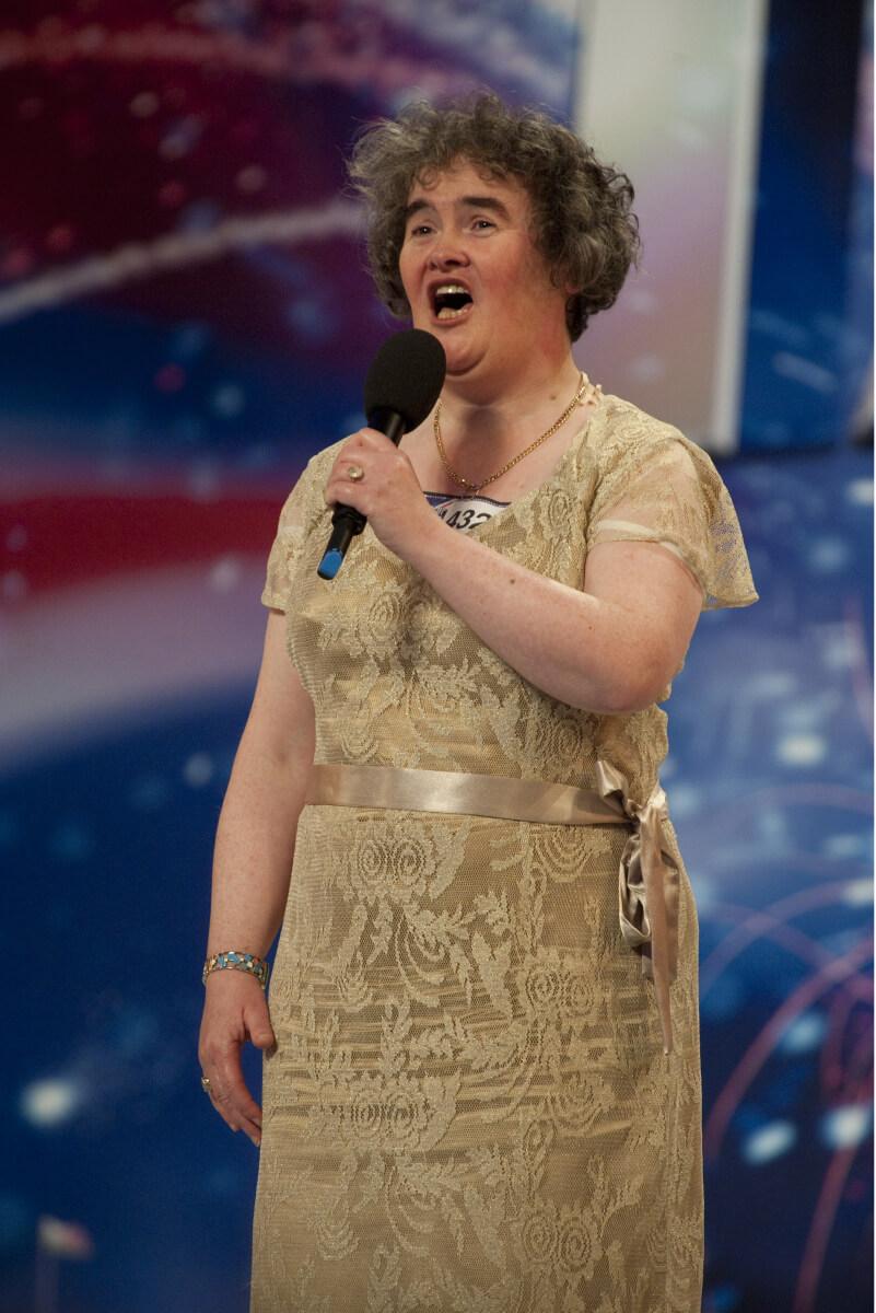 スーザン・ボイルがオーディション番組に出演したときの一枚。