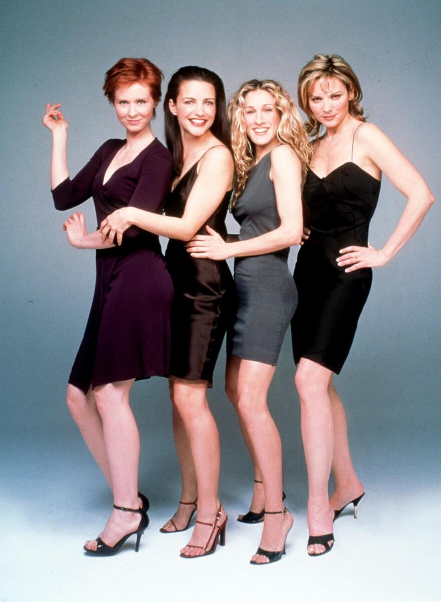 セックス・アンド・ザ・シティに出演した主要キャスト4人。左からシンシア・ニクソン、クリスティン・デイヴィス、サラ・ジェシカ・パーカー、キム・キャトラル。