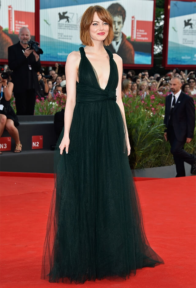 ベネチア国際映画祭に出席したエマ・ストーン。