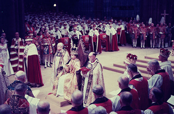 1953年6月2日、ウェストミンスター寺院にて、エリザベス2世の戴冠式が執り行われた。Photo:Getty Images