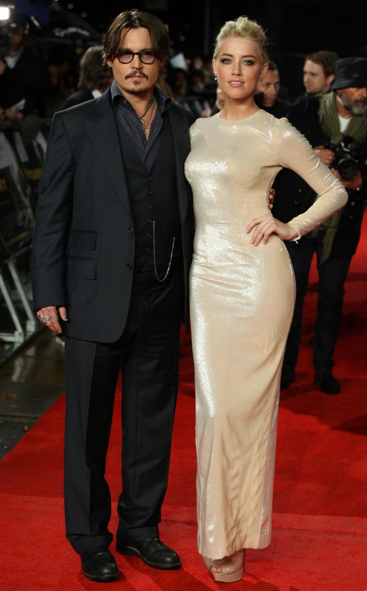 アンバー・ハードとは、結婚からわずか9カ月で離婚したジョニー・デップ。