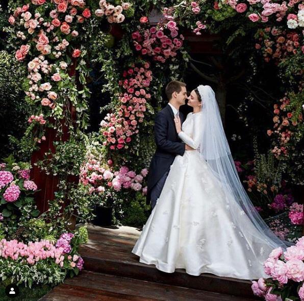 2017年5月27日に挙式を行った、ミランダ・カーとエヴァン・スピーゲル。