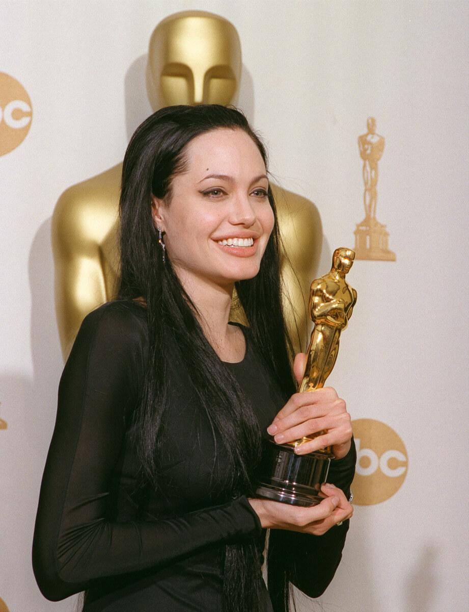 映画『17歳のカルテ』で、アカデミー賞助演女優賞を獲得したアンジェリーナ・ジョリー。