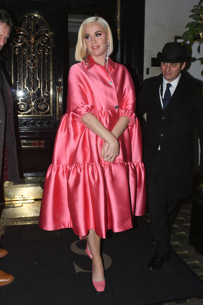 【2月3日】ヒールを履きつつも、ゆったりドレスで