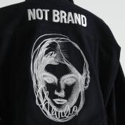 B品で終わらせない、新たな価値を加えて蘇ったジャケット
