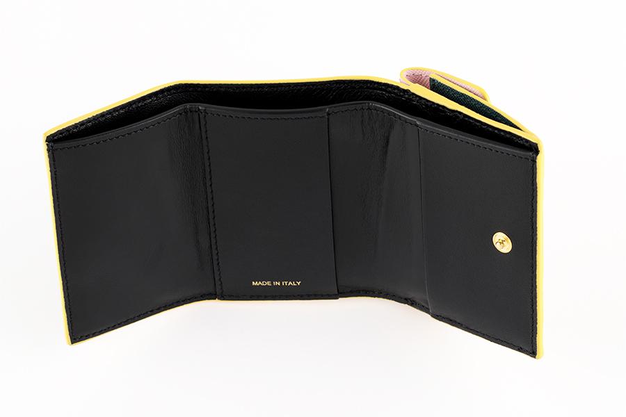 財布〈H7×W10cm〉¥46,000/マルニ 表参道(マルニ)