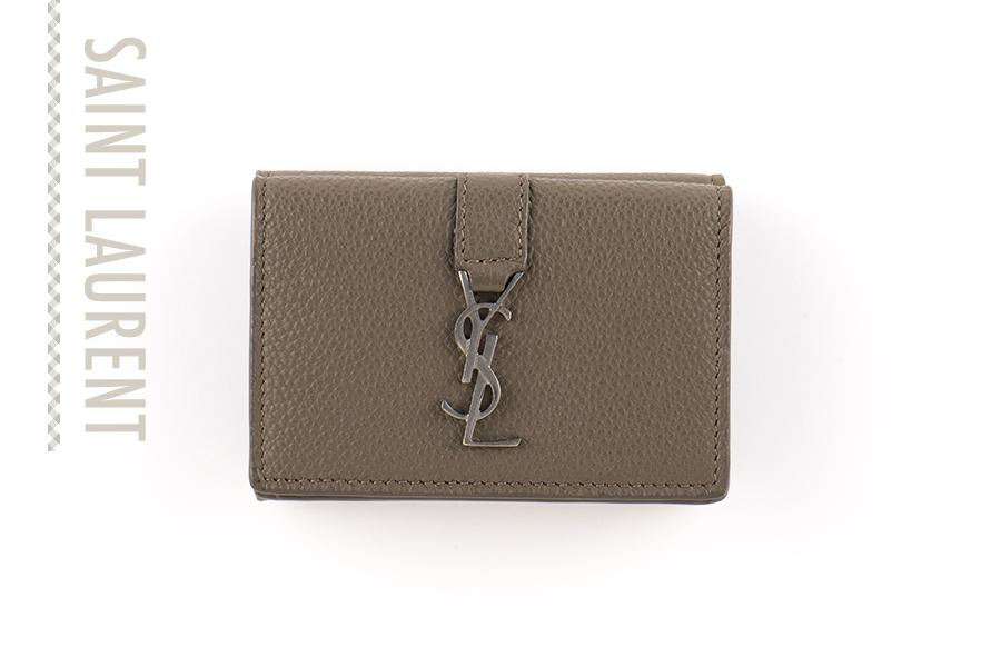 カサンドラロゴが映えるミニ財布【サンローラン】