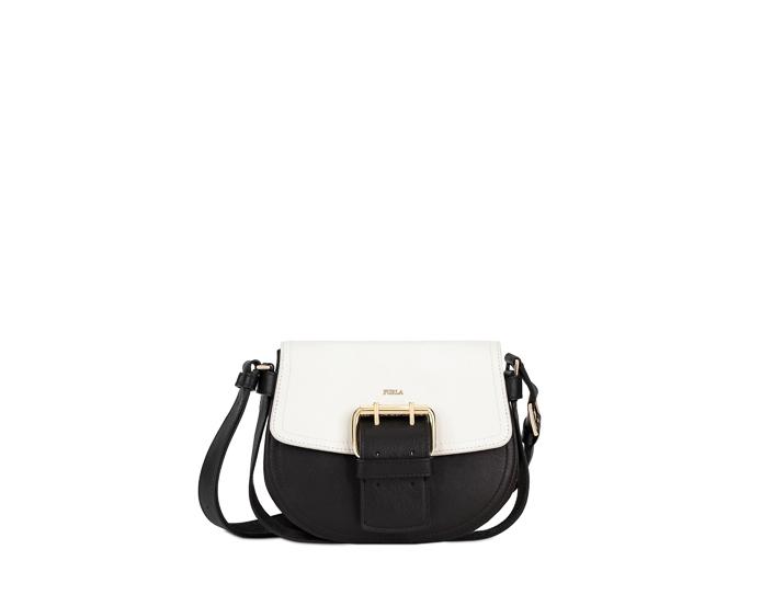 バッグ「HASHTAG」Mサイズ¥56,000〜¥59,000(H17×W22×H10cm)