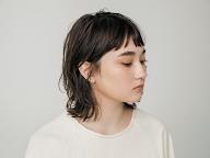「ヘア サロン プラハ」が提案する、モデル、グレース・ハーツェルになりたい