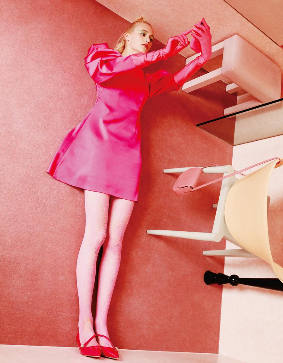 仕事部屋はピンク