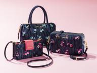 ミュウミュウがフラワープリント×デニムのバッグとアクセサリーを日本限定発売