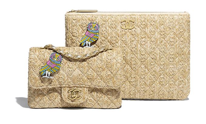 左からバッグ ¥355,000、クラッチバッグ ¥186,000