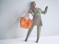【セリーヌ】「ビッグバッグ」で新しいモードにトライ