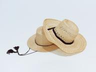 麦わら帽子を新調する