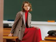 放課後の教室に、噂の転校生。会話の始まりは「その服どこの?」