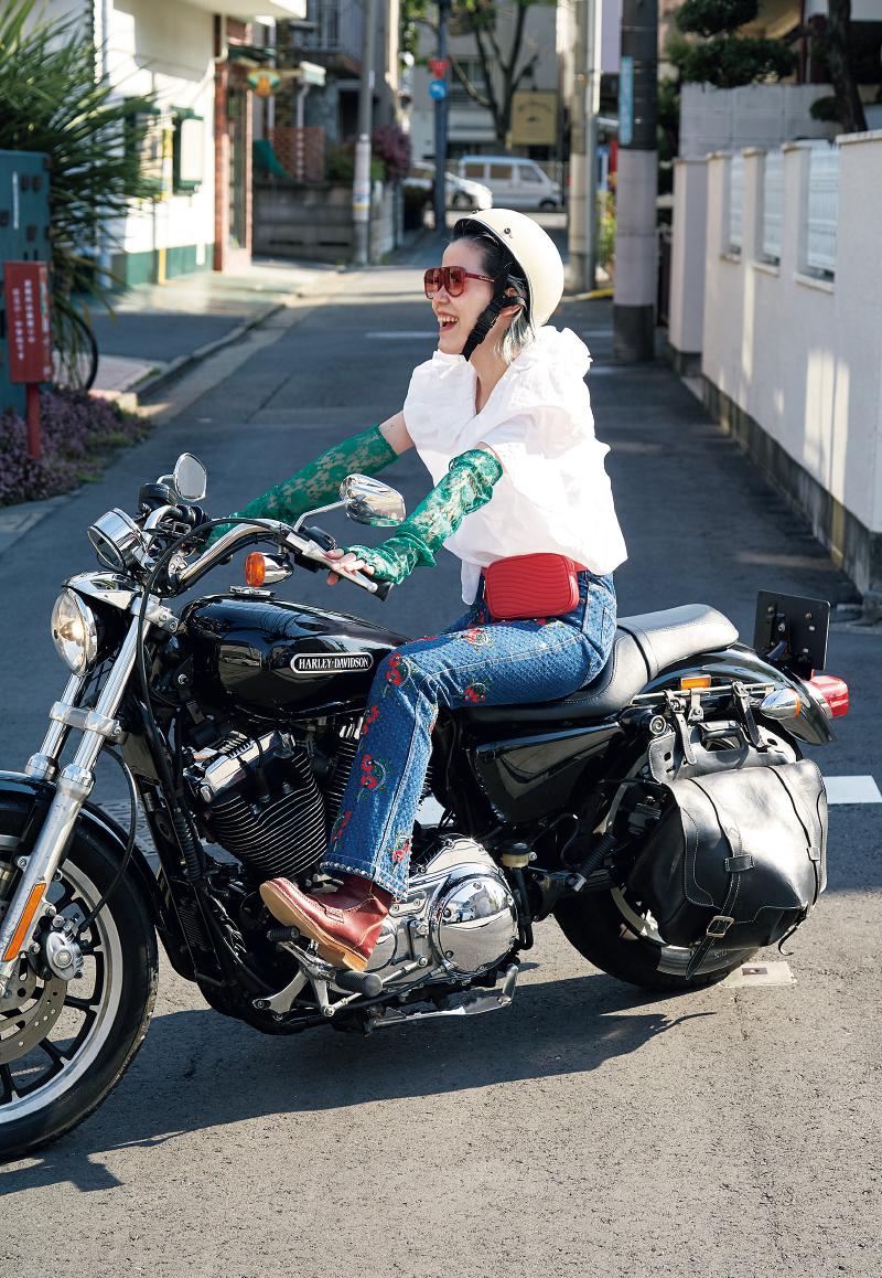 day 3 / 思い出のデニムをはいてバイクでテンポよくリサーチ