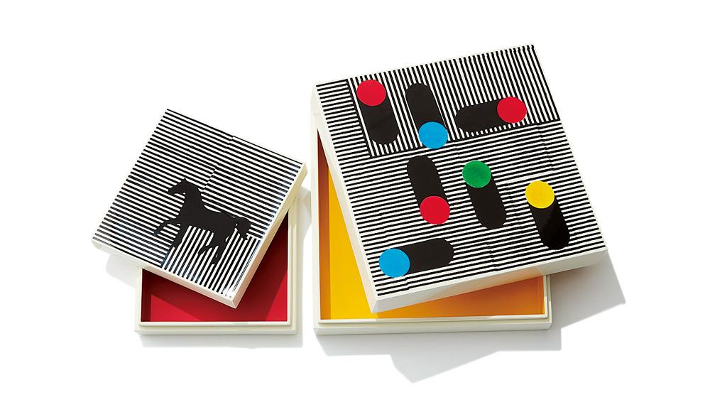 ボックス(左)〈H13×W13×D4〉¥92,000・(右)〈H19×W19×D6〉¥131,000/エルメスジャポン(エルメス)