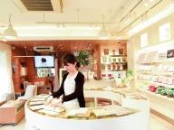 ⑦せんねん灸 showroom GINZA