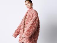 宮本彩菜とコージーな冬支度 ミラベラで冬のコートを即Click&Buy![Vol.1]