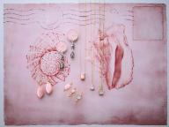 珍しいピンクの巻貝、コンクシェルを使った新作ジュエリーがアガットから登場
