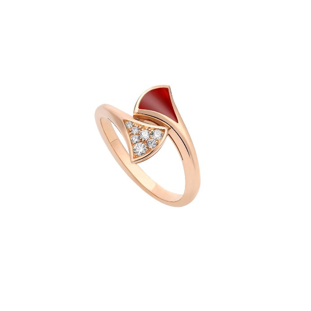 """""""ディーヴァ ドリーム""""リング〈PG、ダイヤモンド、カーネリアン〉¥220,000"""