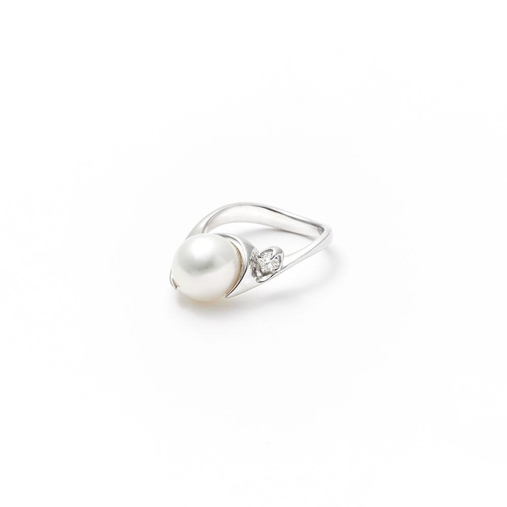 リング〈18KWG、ダイヤモンド、パール〉¥192,000