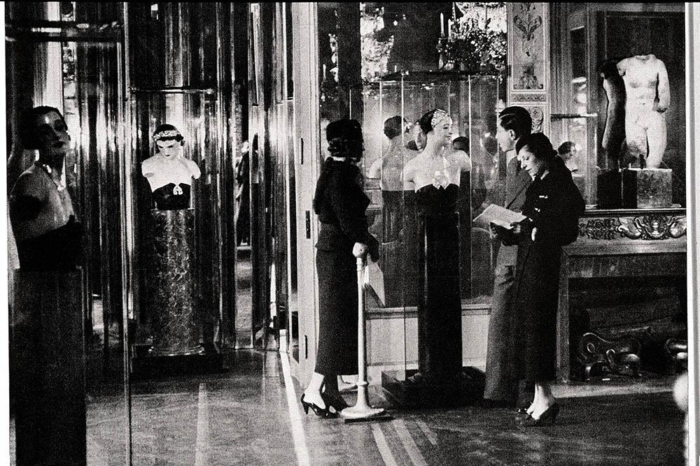 1932年にシャネルが初めて発表した