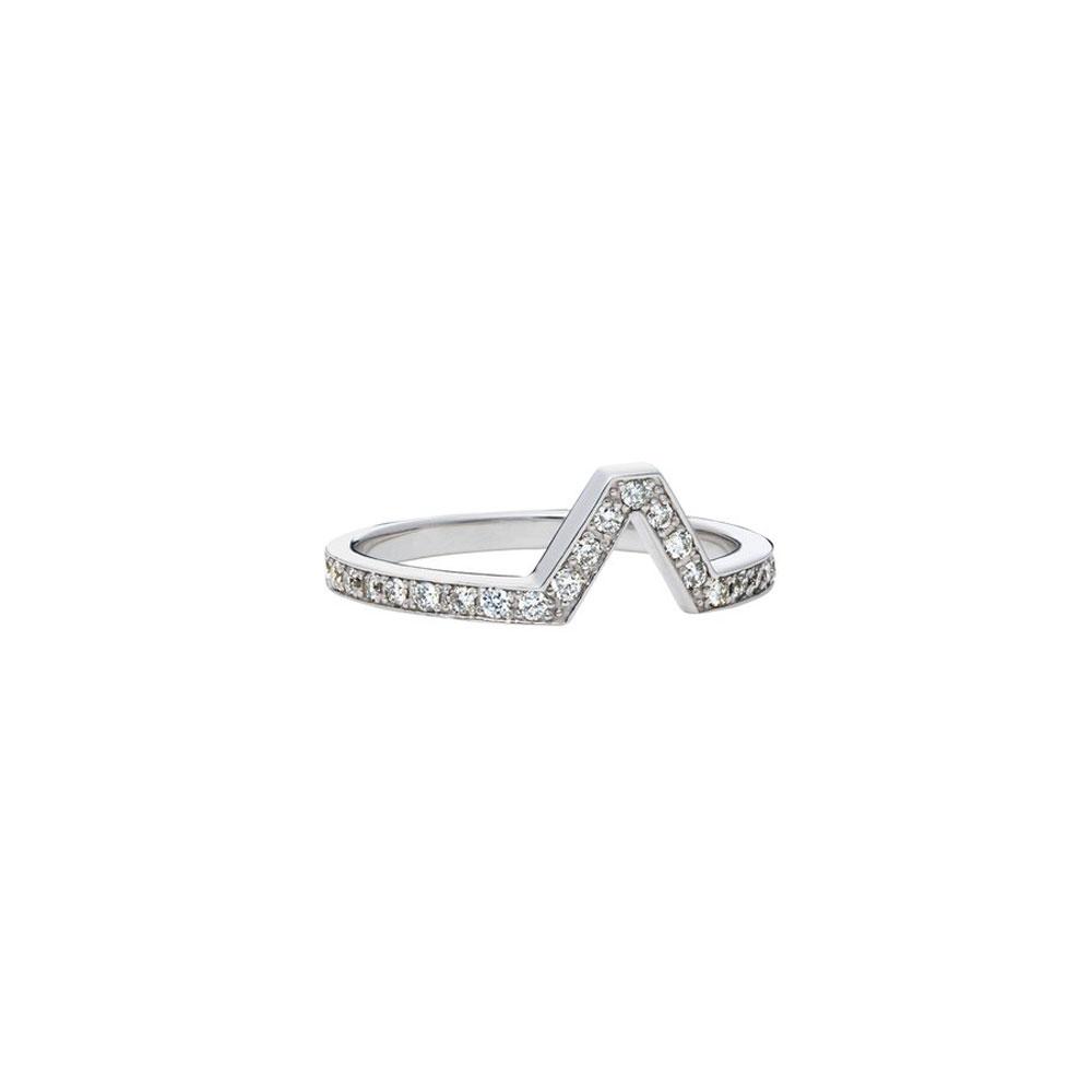 【リーフェ ジュエリー】ジオメトリックなシルエットと、ダイヤモンドのリュクスな対比