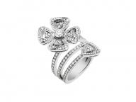 ロマンティックなダイヤモンドの花々、ブルガリから「フィオレヴァー」の新作ジュエリーが登場