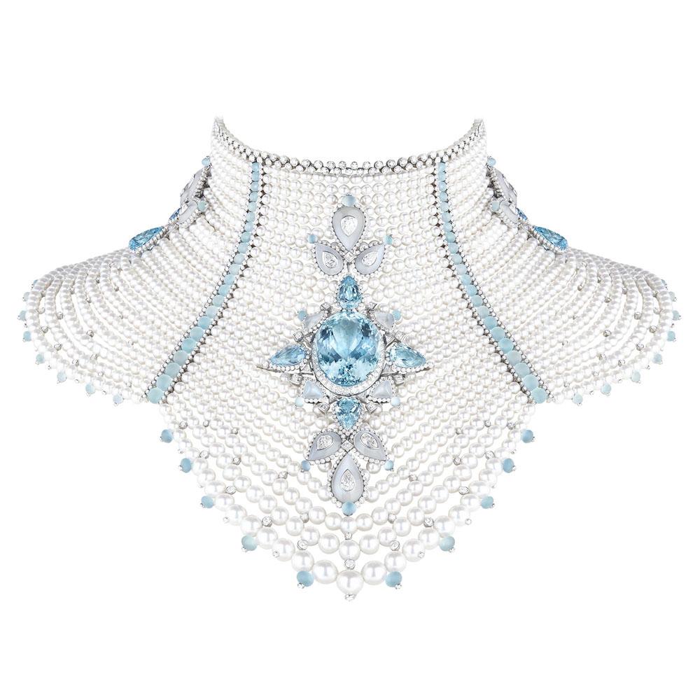 「ファム ボレアル バイカル」ネックレス(WG×アクアマリン×ムーンストーン×パール×ダイヤモンド)¥182,900,000 ※ユニークピース