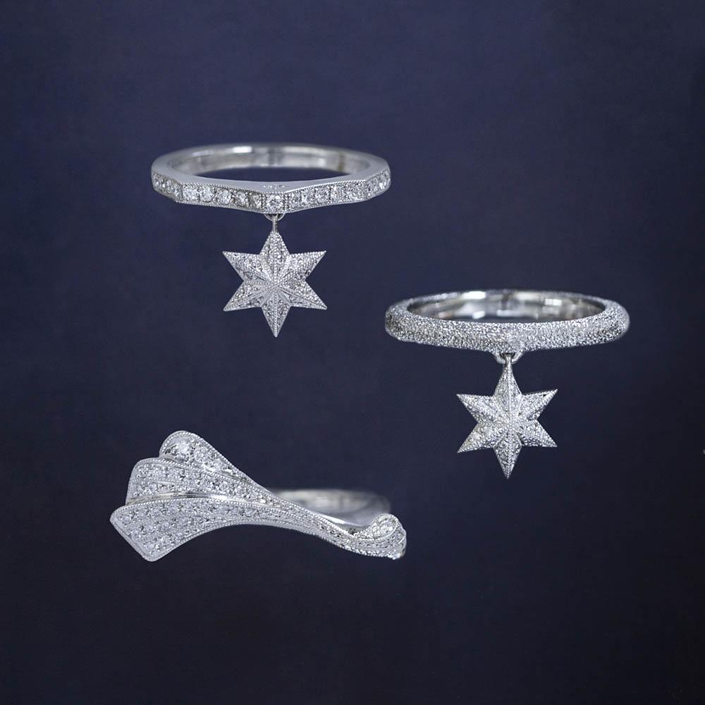 <上から>リング(Pt×ダイヤモンド)¥320,000、リング(Pt×ダイヤモンド)¥210,000、リング(Pt×ダイヤモンド)¥275,000