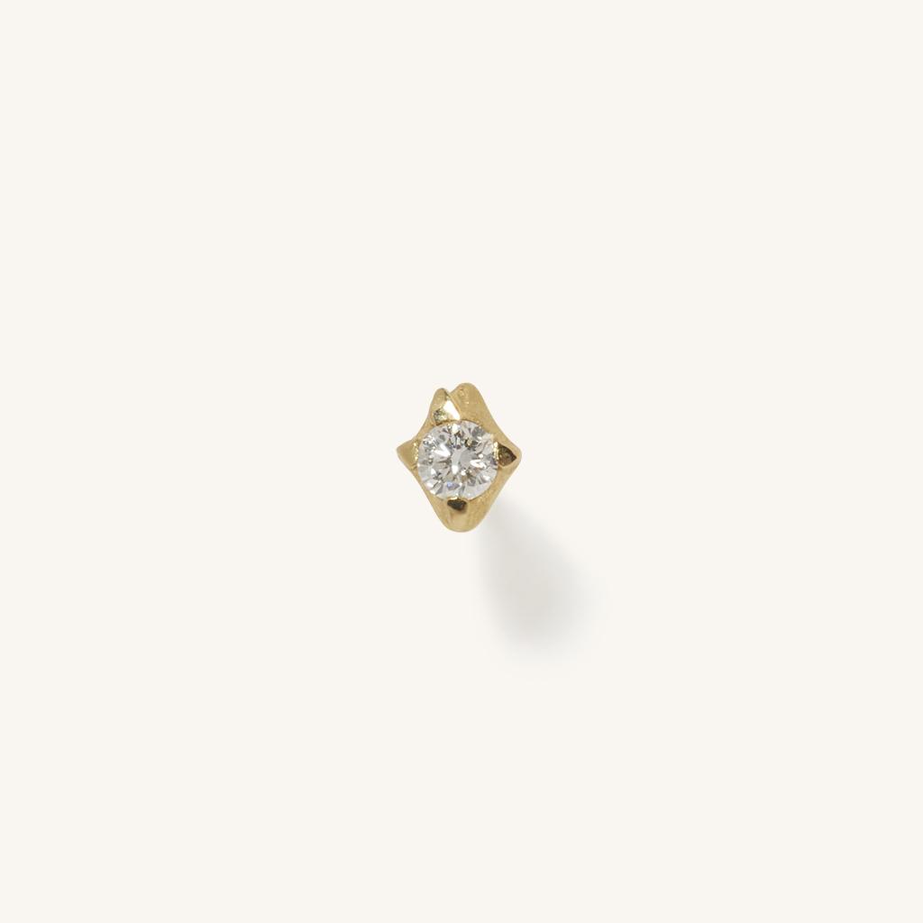 「花火」ピアス〈K18YG、ダイヤモンド〉¥46,200