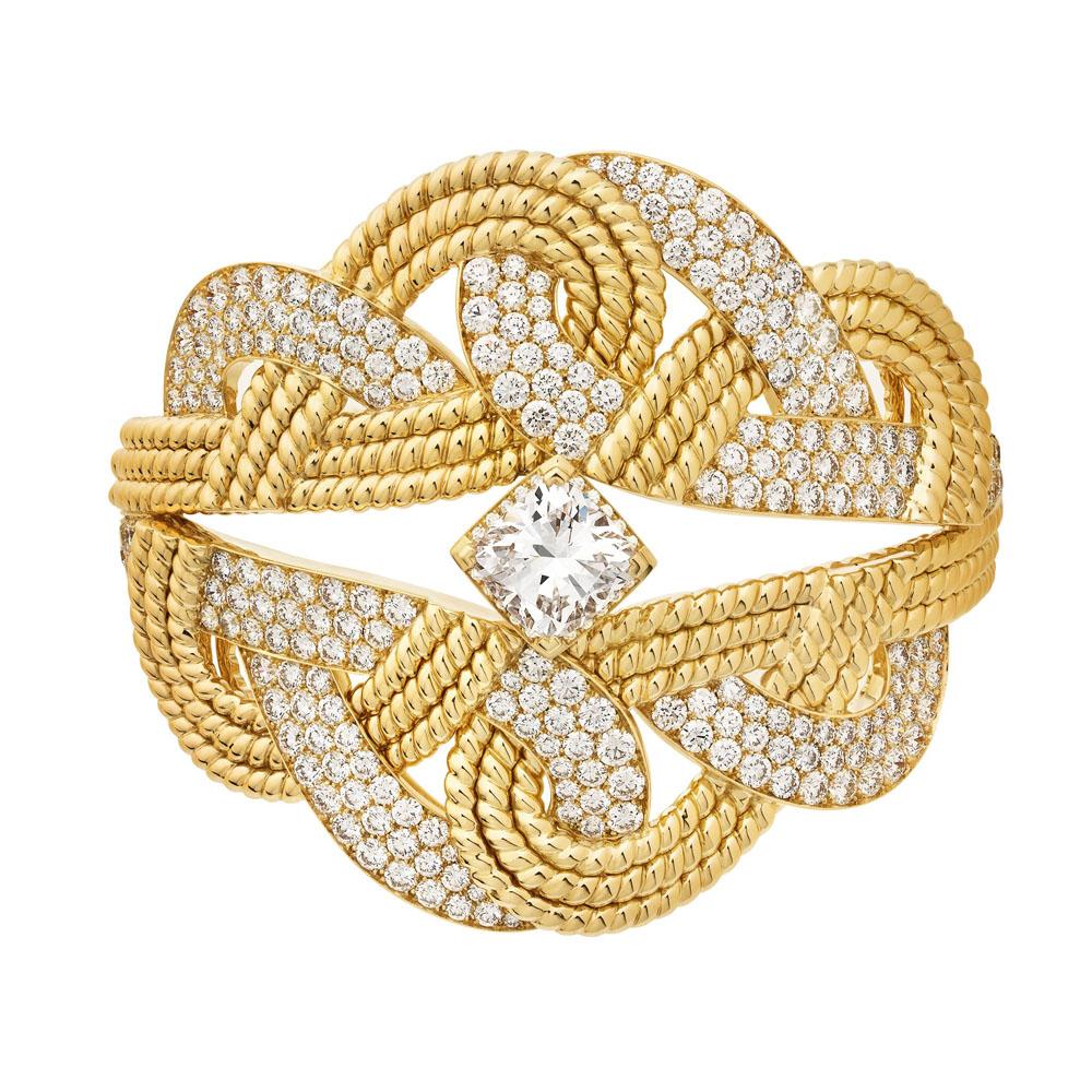 ブレスレット(YG×ダイヤモンド)¥69,100,000 ※参考価格