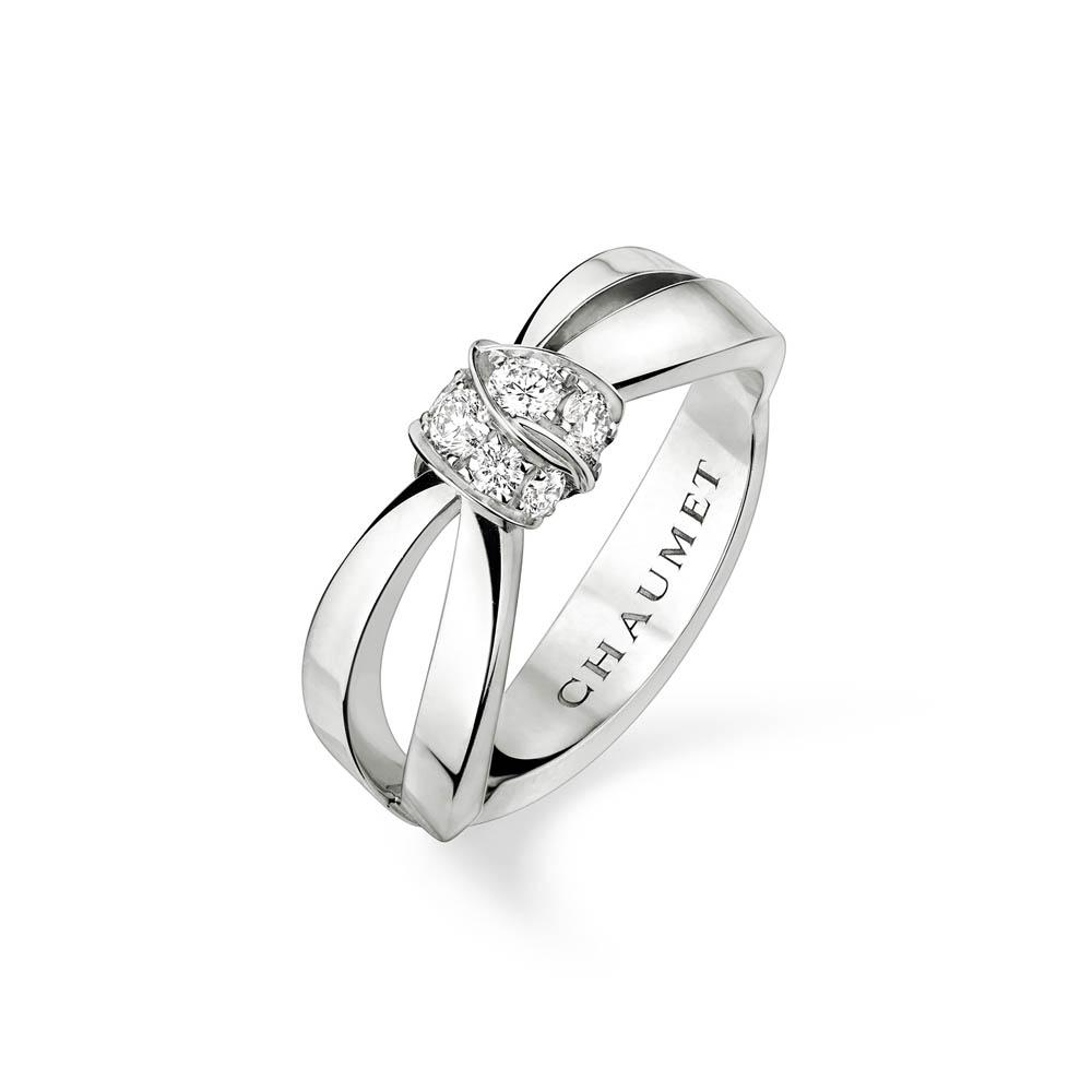 「リアン・ドゥ・ショーメ」リアン・セデュクシオン リング(WG×ダイヤモンド)¥365,000