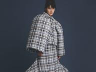 【橋本愛の武装MODE】ジョーダン・ダラー スタジオを着て叫ぶ、ファッションはアートだ!