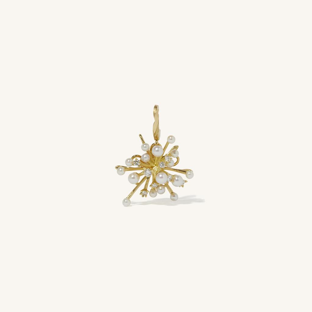 「花火」チャーム〈K18YG、ダイヤモンド、アコヤパール〉¥308,000