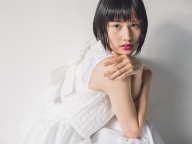【橋本愛の武装MODE】セシリー・バンセン、純白の鎧