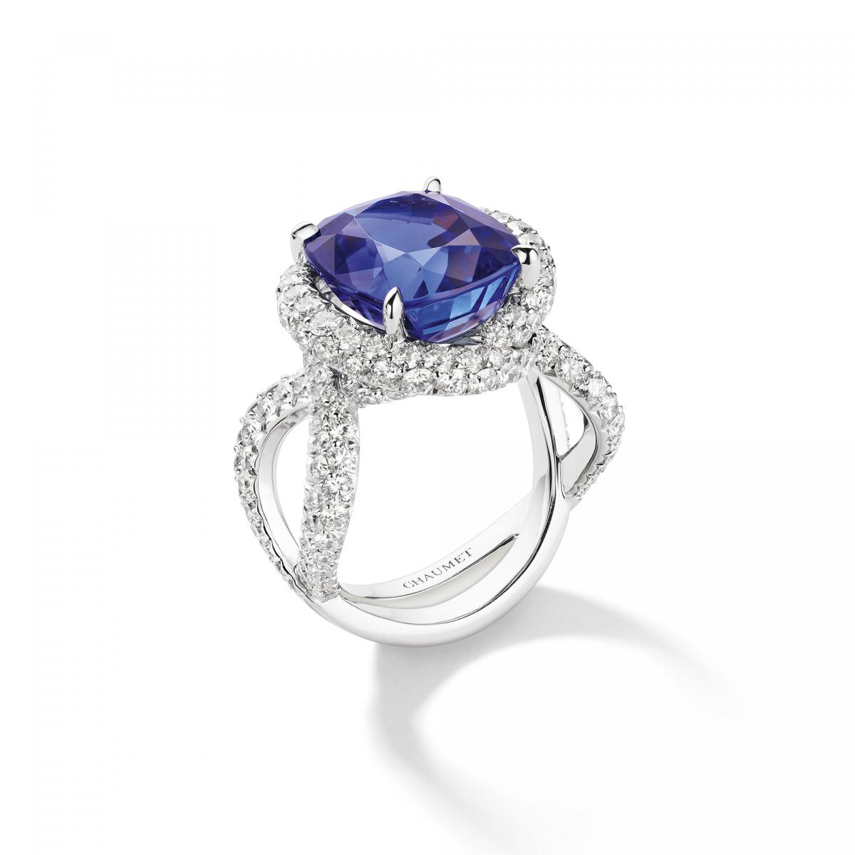 """""""リアン ダムール""""カクテルリング〈WG、ダイヤモンド、タンザナイト〉¥7,040,000"""