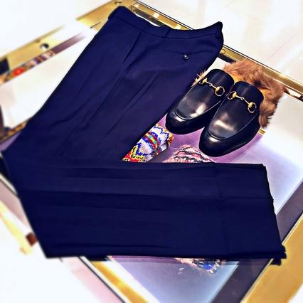 4f5e3df75c59 GUCCIのパンツと背骨の位置 - 編集長山崎の「ファッション横滑り」 | SPUR