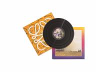 ロエベがスペシャルな夏のミュージックトラック『Close to Paradise』をリリース!