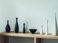 スウェーデンを代表する陶芸家、カール・ハリー・スタルハンの作品が08ブックで展示中