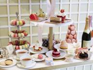 祝・一周年! ラデュレ 青山店が1日だけのスイーツビュッフェ&限定アイテムでアニバーサリーをお祝い
