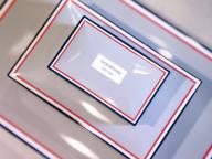「トム ブラウン」による世界初のチョコレート店が本格始動! スタイリッシュなパッケージにも注目