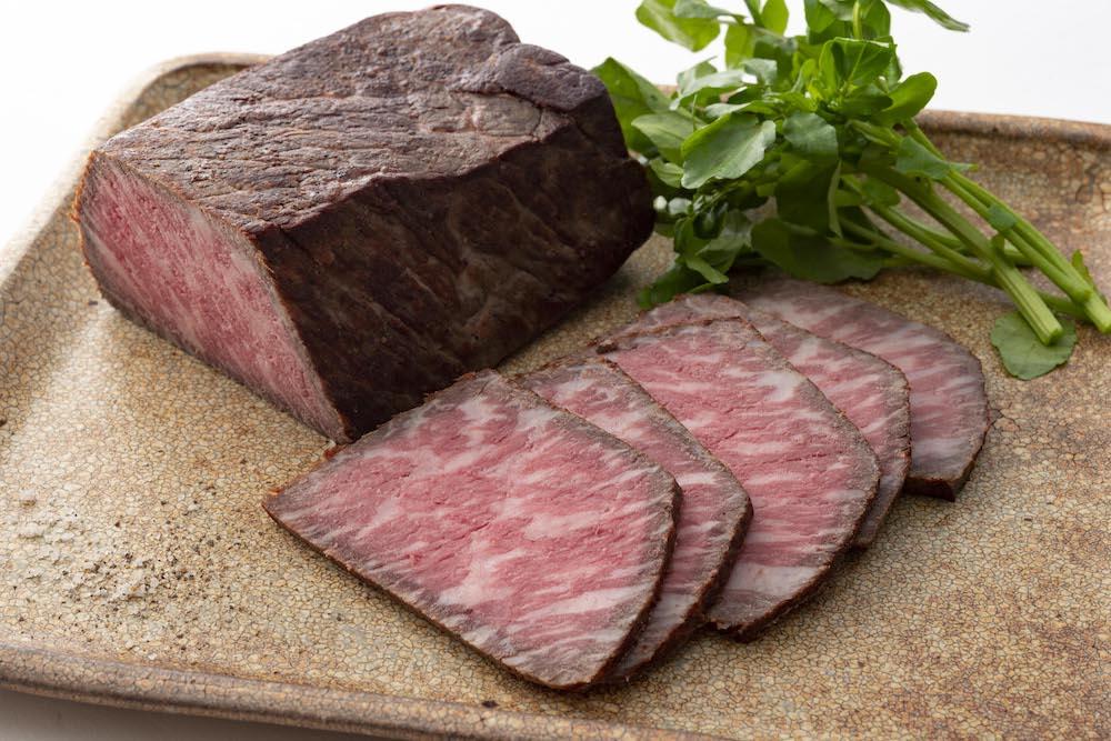 黒毛和牛モモ肉のローストビーフ(500g)¥ 5,950