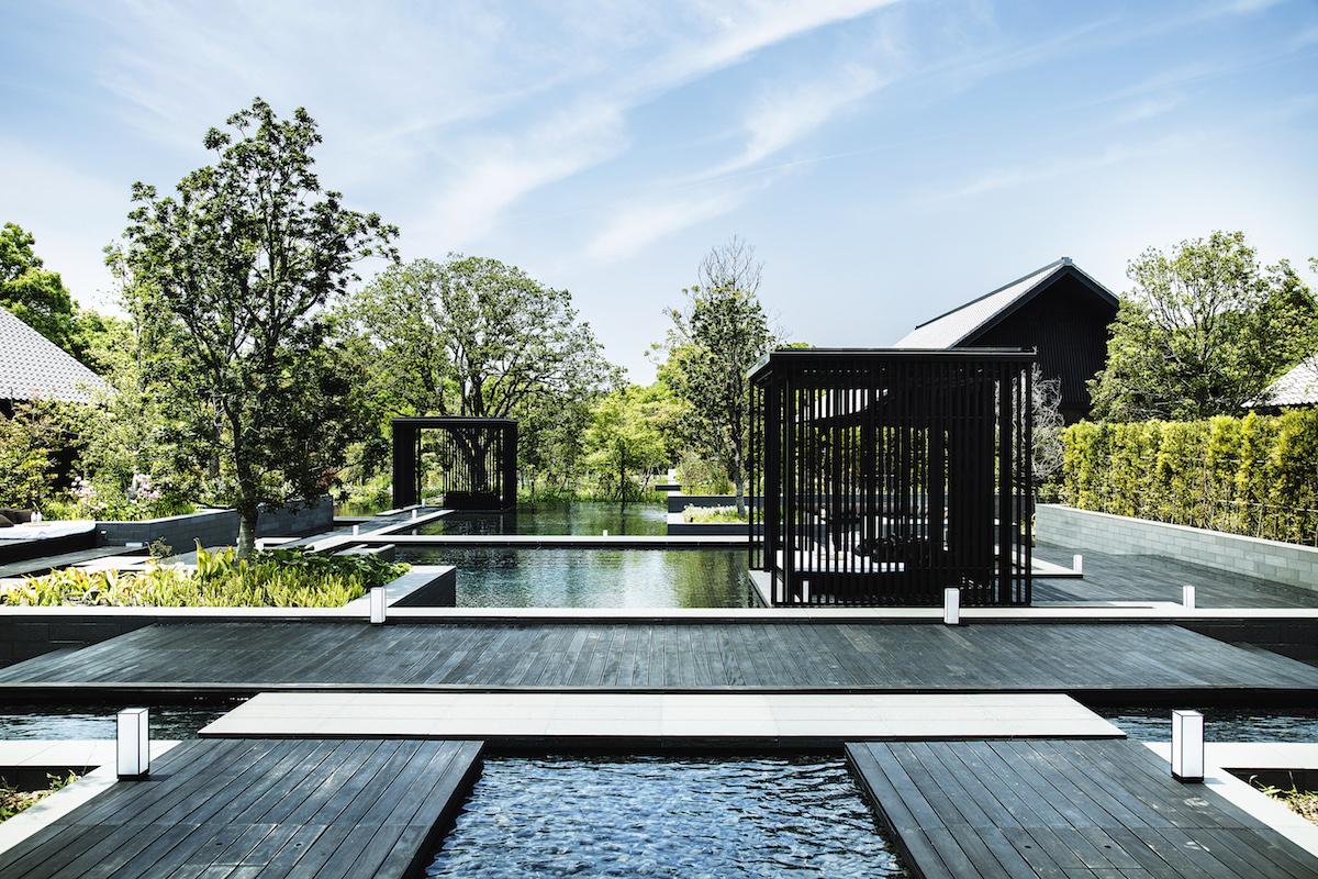 豊かな緑を感じながら温泉浴などのプログラムが受けられるサーマル・スプリングで