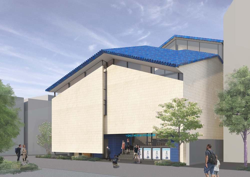 屋根の瓦はコートダジュールの瓦へのオマージュ。1階部分のタイルはヨックモック 青山本店と同じブルーを採用。