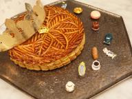 家族や友達と新年に食べたい! フェーヴも楽しい「ガレット デ ロワ」がUN GRAINに初登場